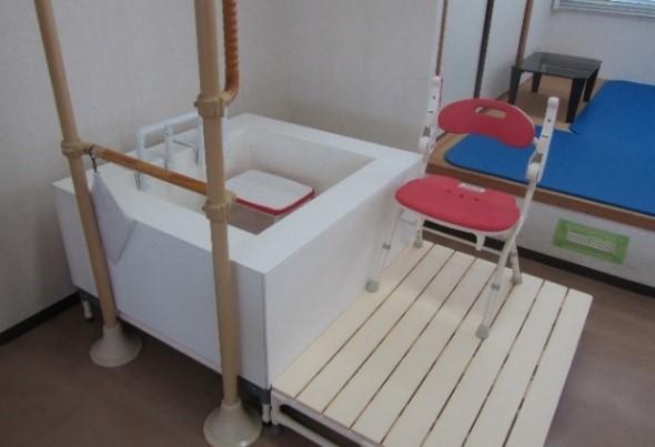 練習用浴室・浴槽(移動式)